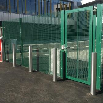 School fencing - Rigid mesh fencing around sports court