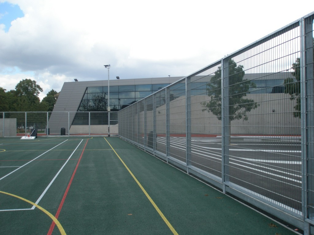 school fencing- rigid mesh fencing around school sports court