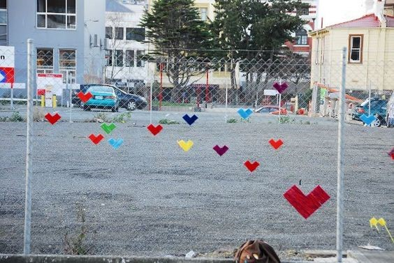 chain link fence hearts