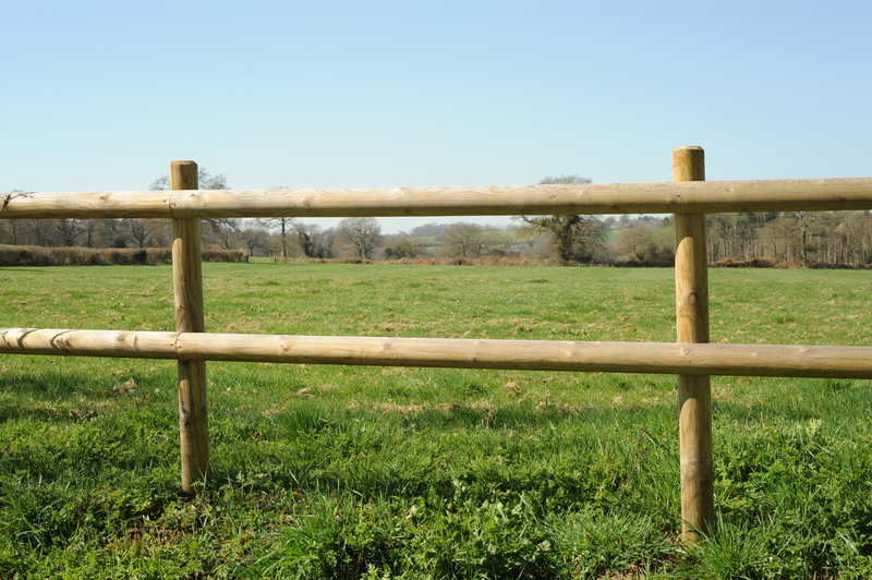Top 5 Benefits of Post & Rail Fencing