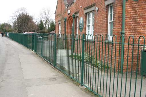 Green metal bow top railings 1.8mtr High