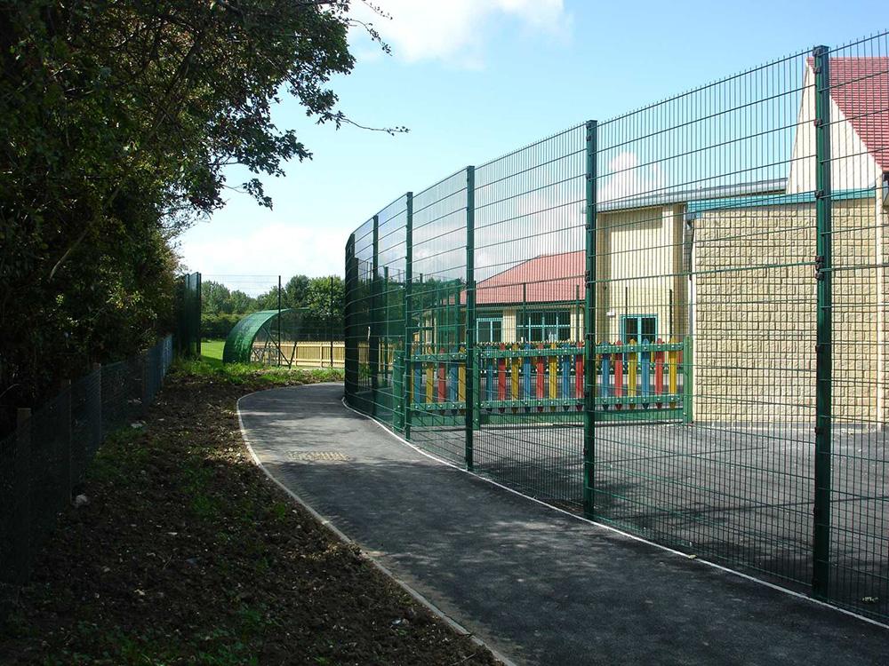 School-Fencing-02
